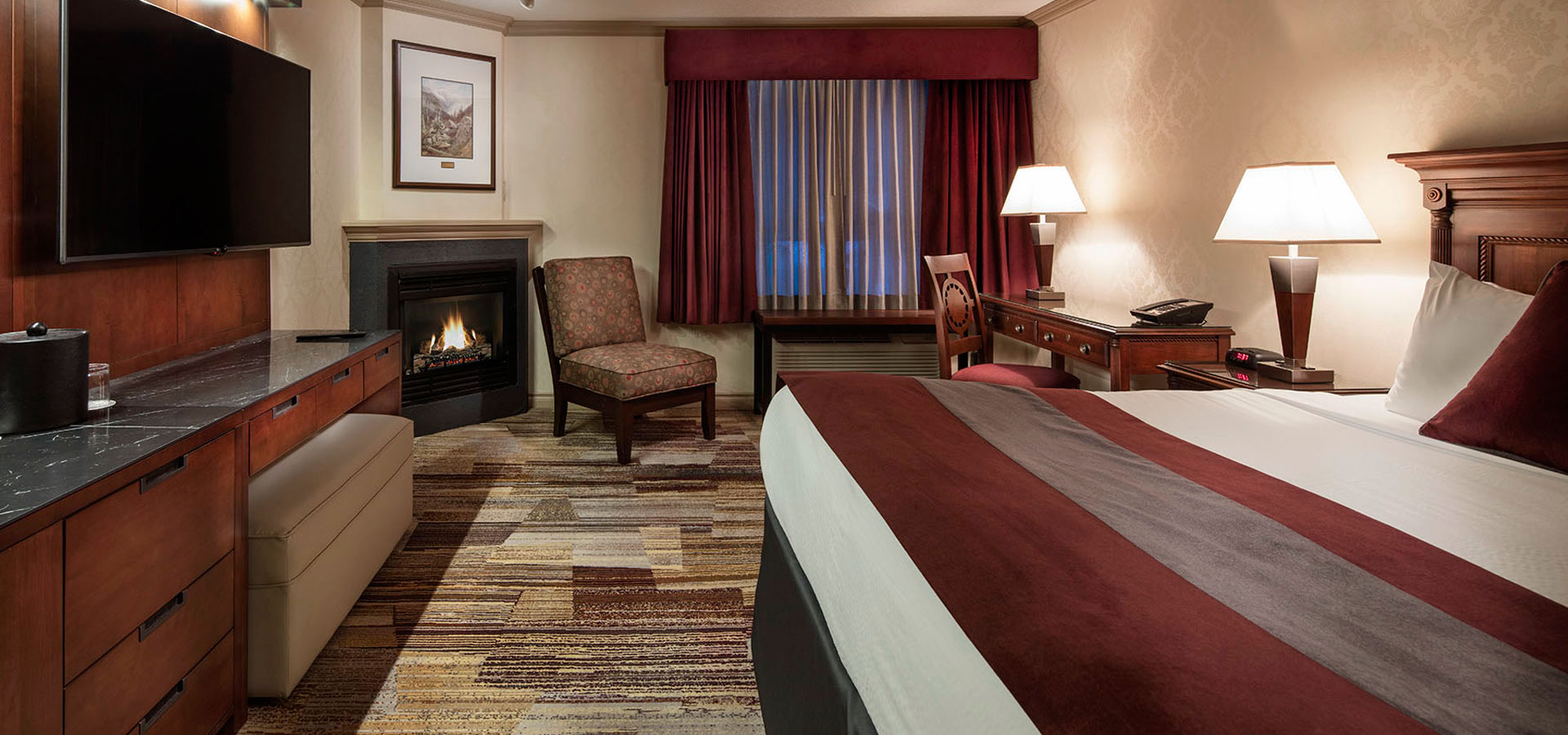 Royal Canadian Lodge in Banff Accommodations